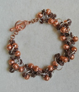 Copper fluted and atiqued rope beads bracelet - DSC_0624