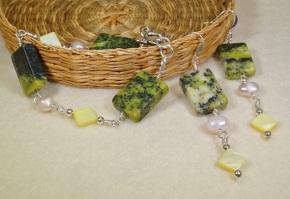 grn marbled agate bracelet & earrings - DSC_0400